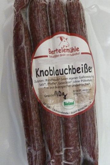 Bio Knoblauchbeißer aus 100% Galloway-Rind 1 Pack (4 Stück) -110 g.