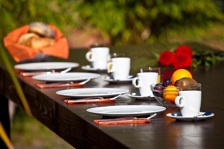 Aussen Tisch1.jpg