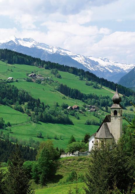 Nöringer Kirche.jpg