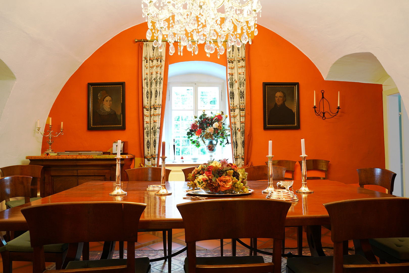 Rotes Eßzimmer