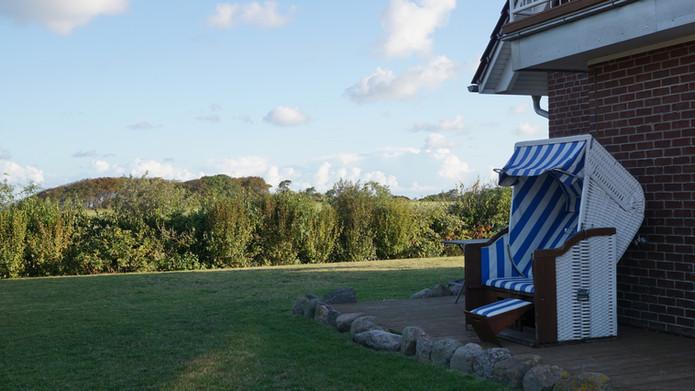 Ferien auf Rügen mit Garten und Meerblick