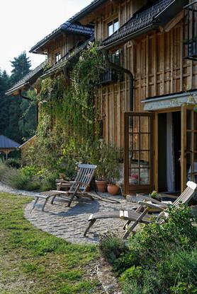 Terrasse vor dem Wellnessbereich