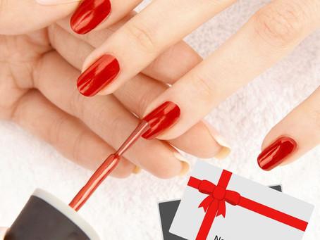 Laissez vous tenter par nos poses de vernis semi -permanents , ongles en gel...😍