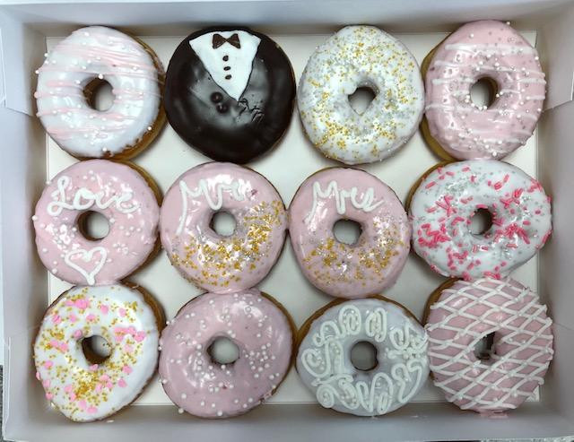 Wedding donuts.jpg