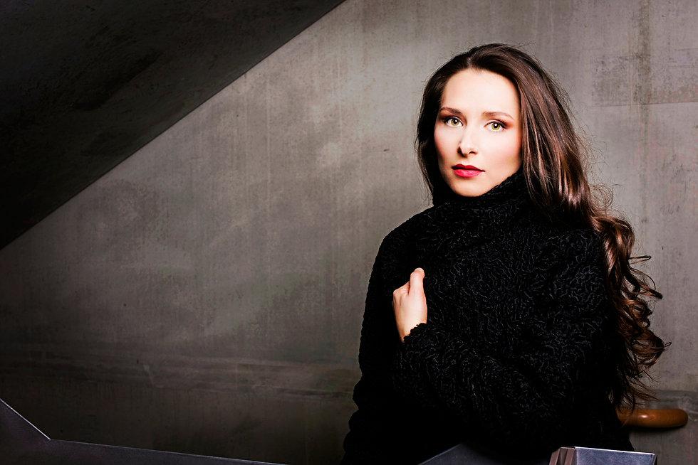 Camille Schnoor Soprano