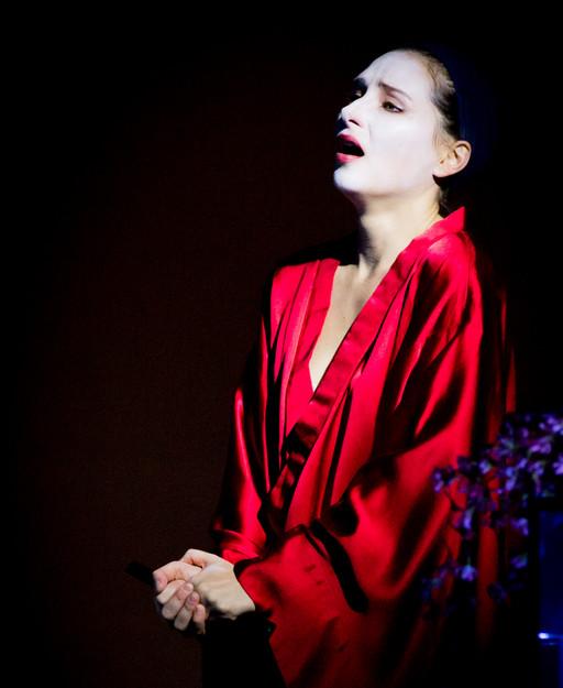 Camille Schnoor as Butterfly, photo by Maciej Kotlarsky