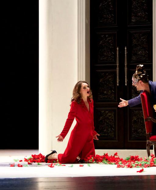 Don Giovanni with Mathias Hausmann, photo by Thomas Dashuber