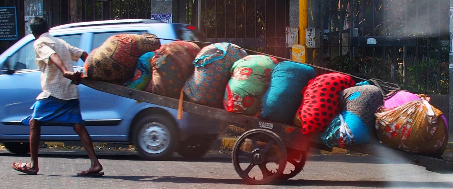 transporting goods in Mumbai