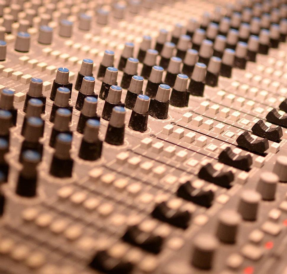 sound branding logo.jpg
