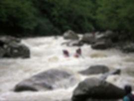 Спуск по бурлящей горной реке Мзымта Сочи