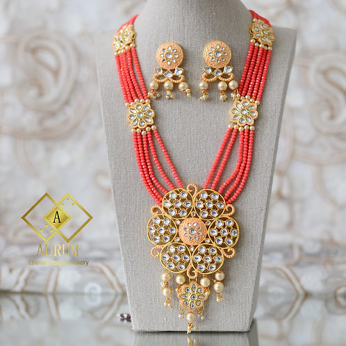 Minaj Necklace Set