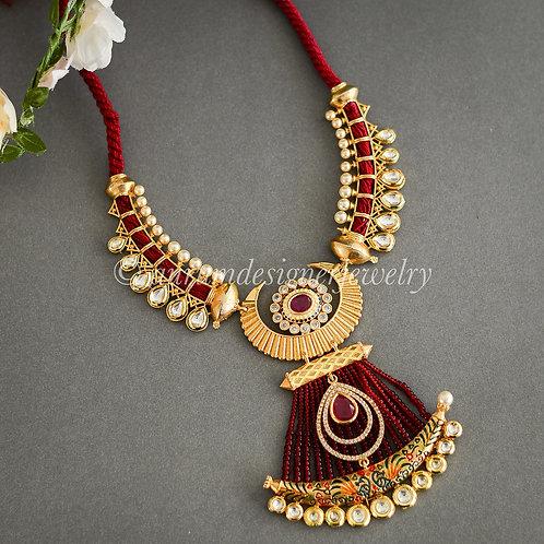 Devi Necklace Set