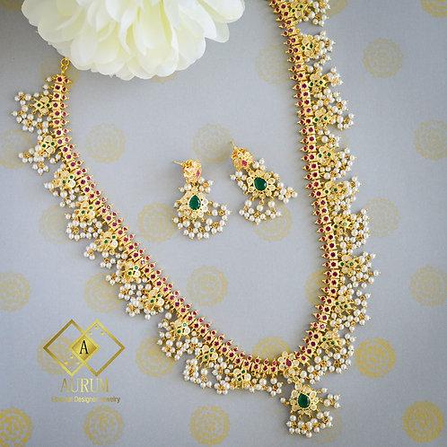 Radha Necklace set