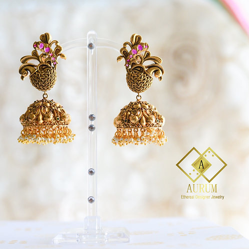 Sanyukta Earrings