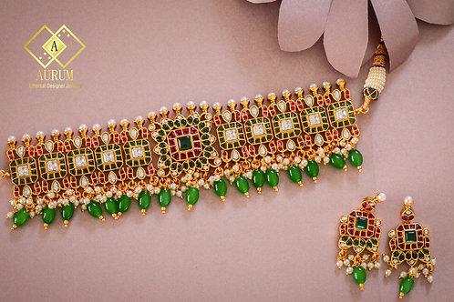 Barkhaa Necklace set