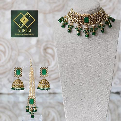 Tiva Necklace Set