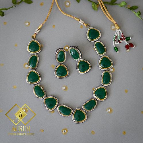 Aradhya Necklace Set
