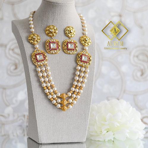 Kaynah Necklace set