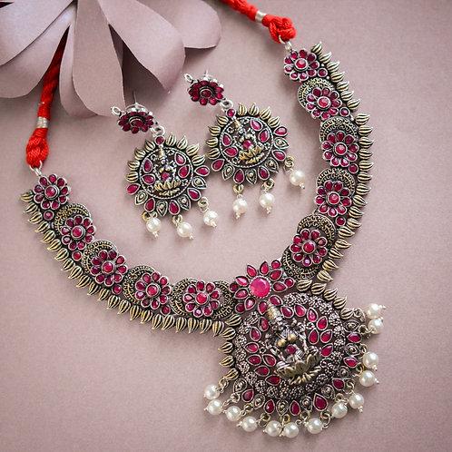 Priya Necklace set