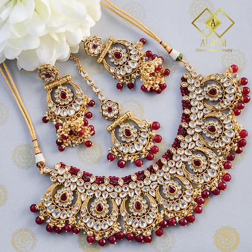 Sarikaa Necklace set