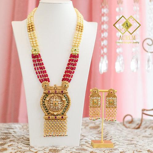 Parinidhi Necklace set