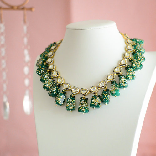 Madhvi Necklace Set