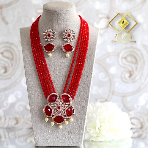 Zoelle Necklace Set