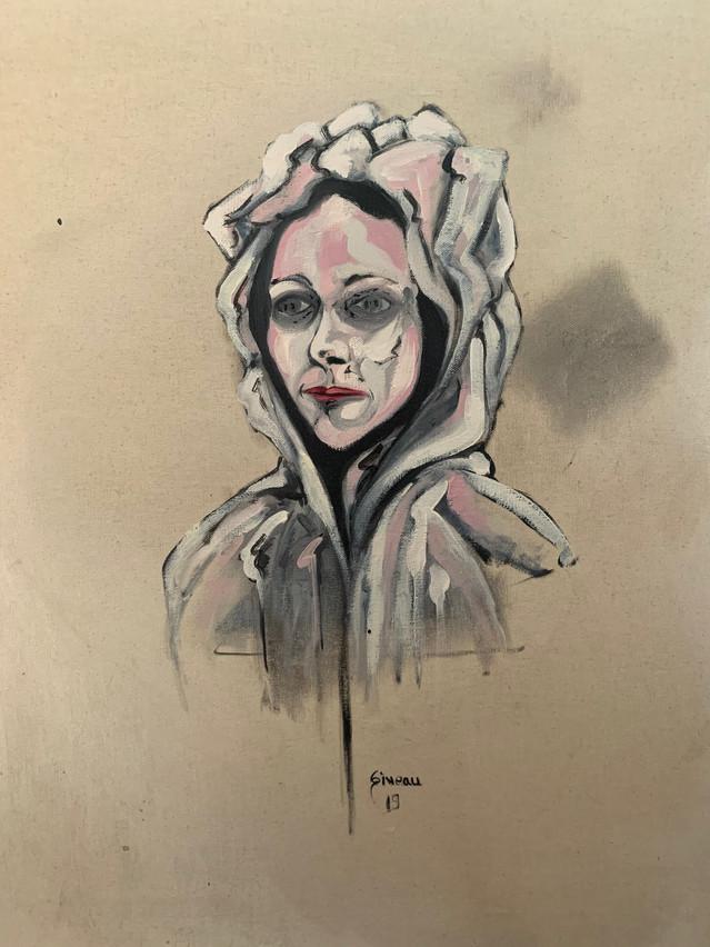 Femme à la capuche
