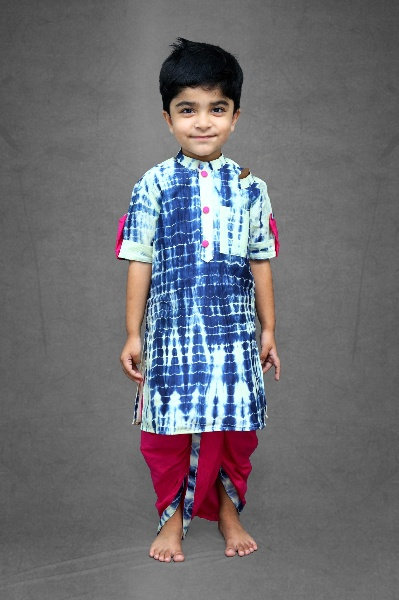 Tie and dyed blue kurta with pink dhoti