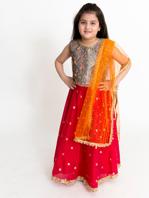 Ghaghra Choli With Dupatta Set