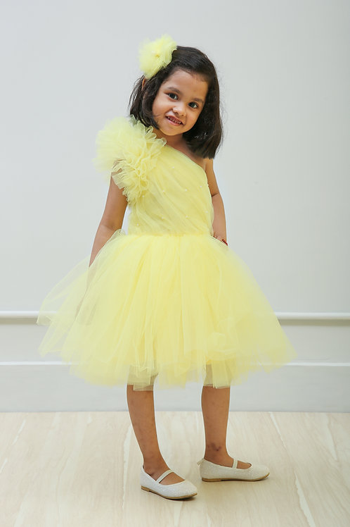 Yellow one sholuder Ruffle Sleeves and pleated dress
