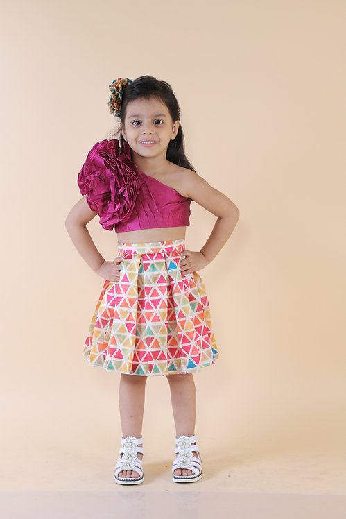 One Shoulder Top With Triangle Print Skirt