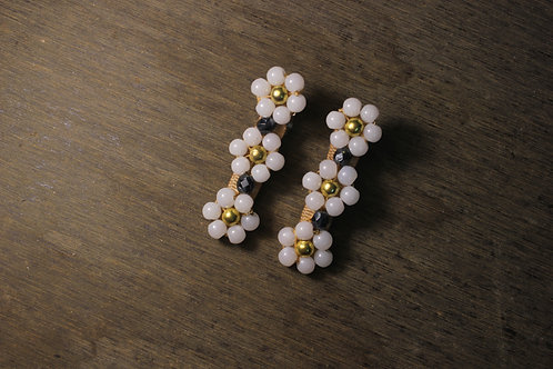 Offwhite Floral Alligator Hairclip