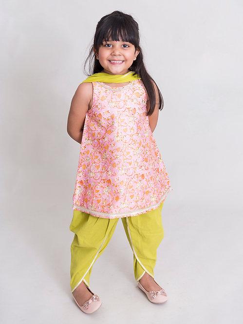 Girls Pink Lotus Print Suit Set