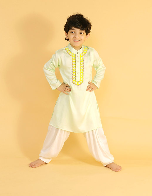 Pastel Green Kurta With Nech Ambroidery And Shalwar