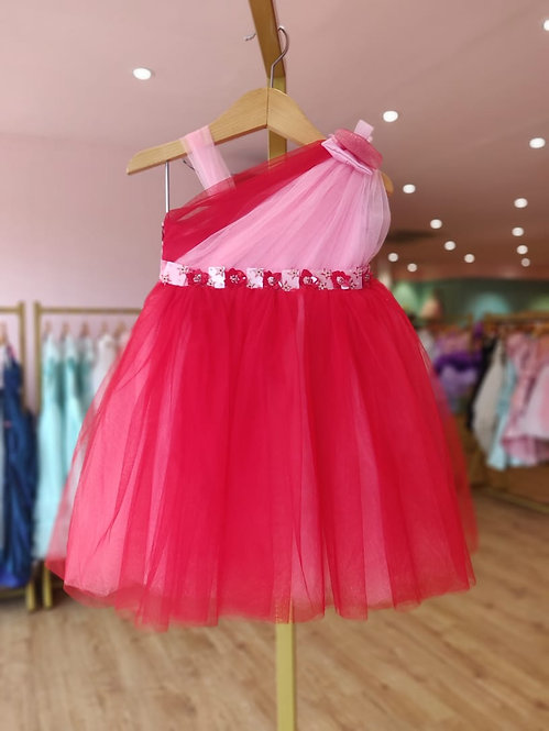 Red Bubblegum Dress with Hair Accessory