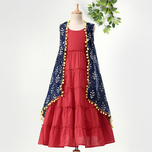Stylish Girls Tiered Dress With Printed Cape-Red