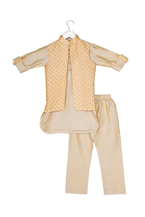 Embroidered Jacket and Kurta pyjama set Gb Peach