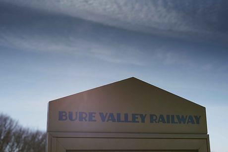 2104 Bure Valley Charlotte Knee Photogra