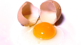 Comer tres huevos por semana aumenta el riesgo de enfermedades cardiovasculares