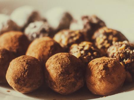 Cashew PB Energy Balls