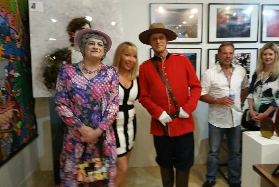 Queen, JustLola and Mountie