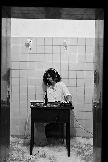 Antonia_Pöhlmann_Performance_Herrschsuchtkrankheiten