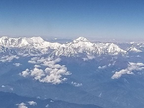 נפאל רכז ההימלאיה מהמטוס.jpg
