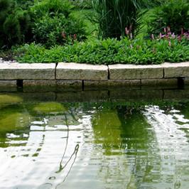 Granit Mauersteine-Teichumrandung.jpg