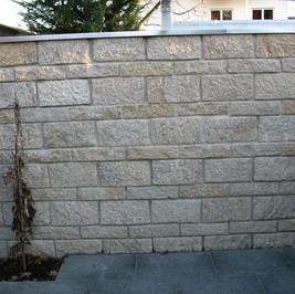 Granit Schichtmauer.jpg