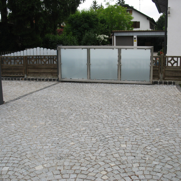 Pflaster Granit Grau.jpg
