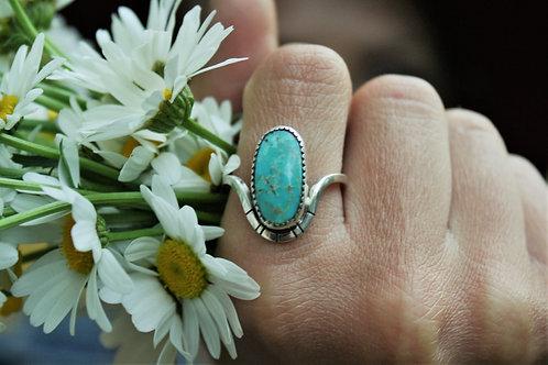 'Flower Petal' Ring (Patagonia Turquoise) - size 8