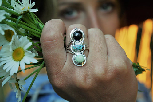 '3 Blossom' Statement Ring (Black Spinel & turquoise) - size 6.5