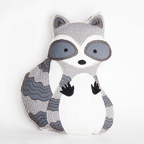 Raccoon Sewing kit